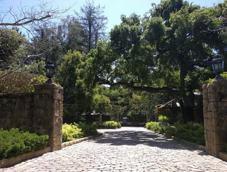 Entrance to Oprah Winfrey's house in Santa Barbara