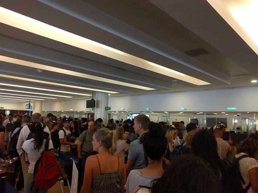 Long customs line in Cancun