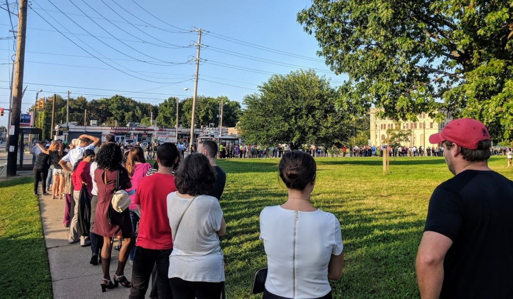 long line while waiting for Barack Obama to speak in Cleveland
